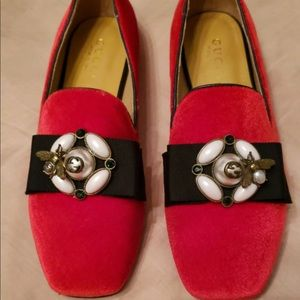 Gucci red velvet women's loafers size size 8